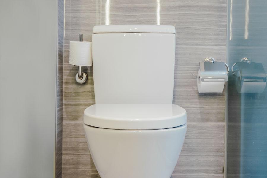Klassisk toalettstol