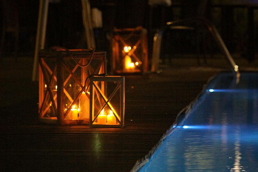 Poolbelysning och levande ljus