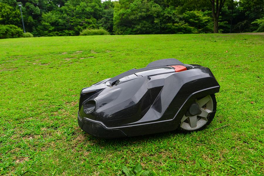 Robotgräsklippare ett val för att klippa gräsmatta