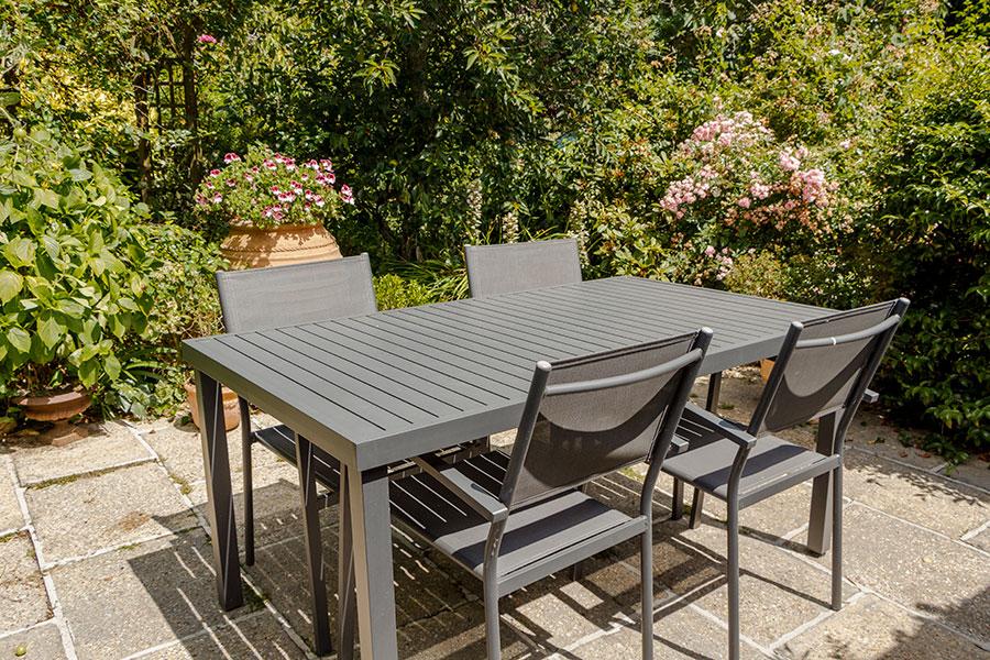 Trädgårdsmöbler av aluminium