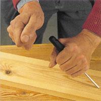 slå på järnet med bara handen om träet är mjukt