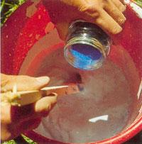 Använd kalkäkta pigment om du vill att kalkfärgen skall ha en kulör