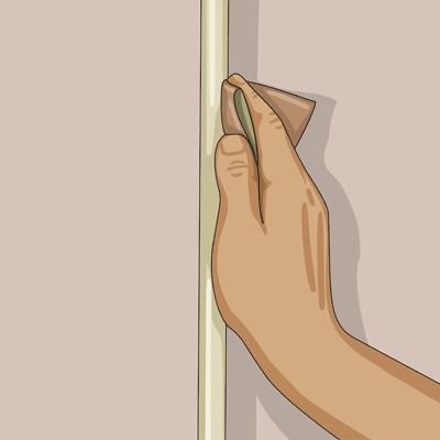 Slipa röret med fint sandpapper