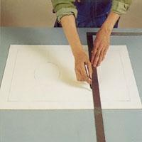 Teckna mönstret du vill på blyinfattningen på ett papper