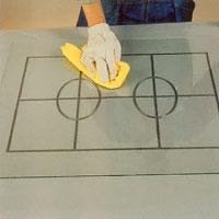 Tvätta npggrant med T-sprit om du ska måla på glaset