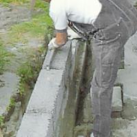 Mät ofta och kolla med vattenpass