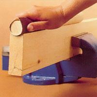 lar-dig-slipa-steg7-konkav-yta-slippapper-runt-rundstav