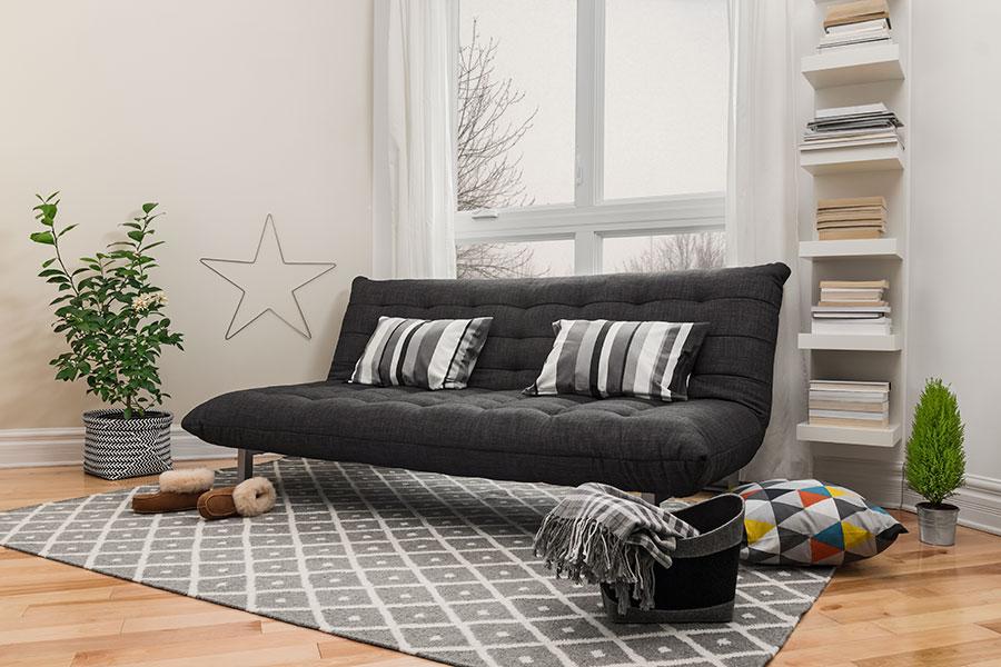 Ny soffa i vardagsrum
