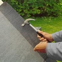 Spika sedan fast takpappen med pappspik