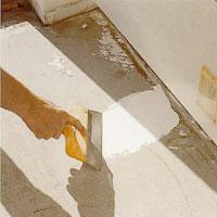 Använd vattenfast spackel och spackla igen alla ojämnheter