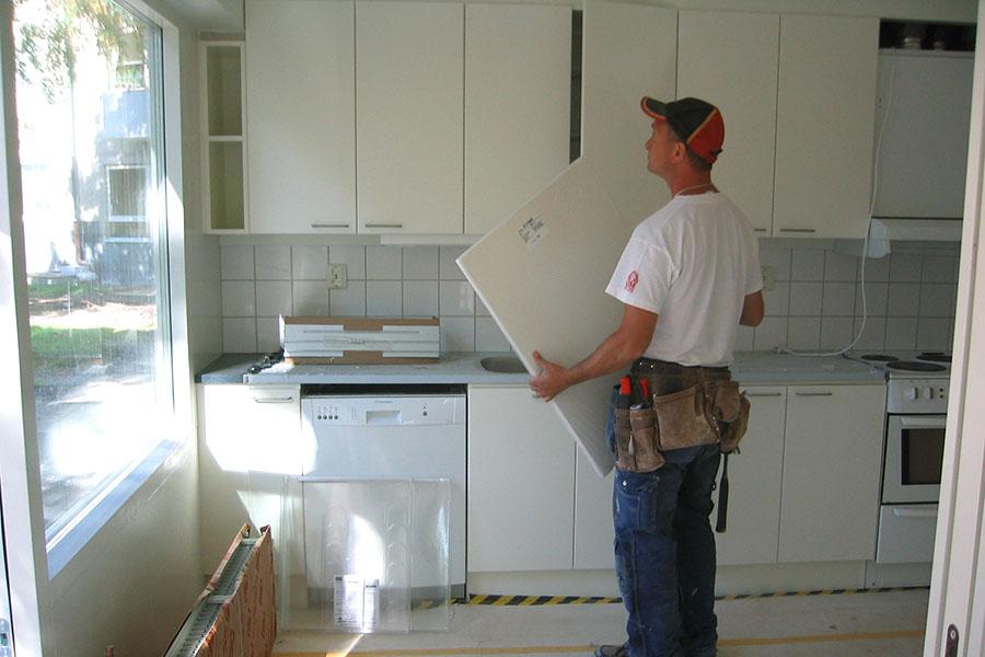 Hantverkare i kök