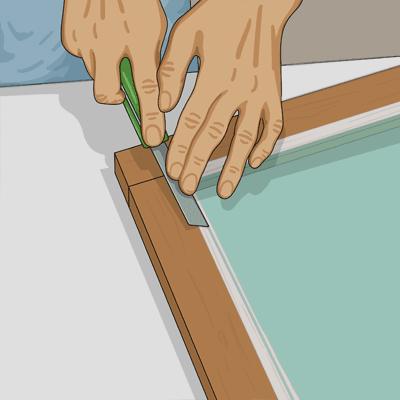 Doppa kittkniven i olja eller kallt vatten för en jämnare yta