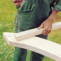 Skruva fast räckesståndarna med 12 mm förzinkad träskruv