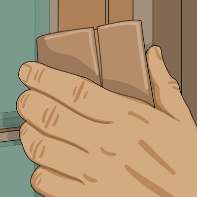 Slipa fönsterbågen med sandpapper