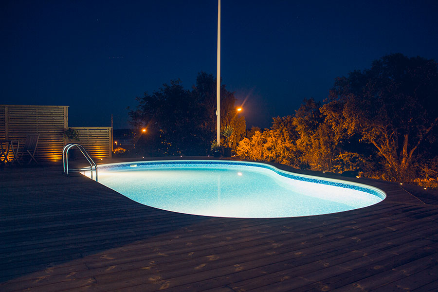 Njurformad pool