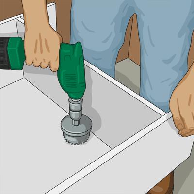 urtag med dosfräs i köksskåp