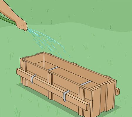 Vattnar formen innan gjutning
