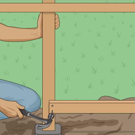 Spikar fast nedre reglar pa staketstommen