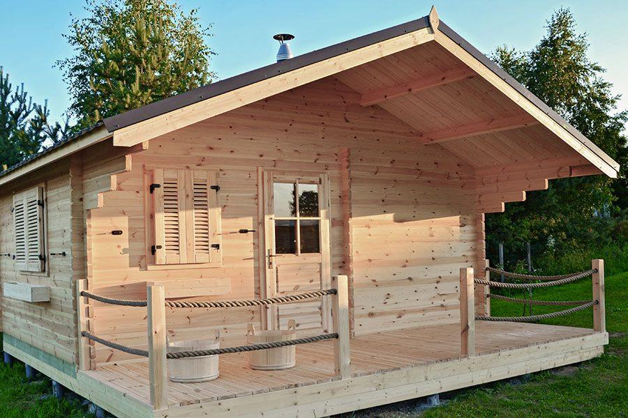 bastustuga-med-veranda.jpg