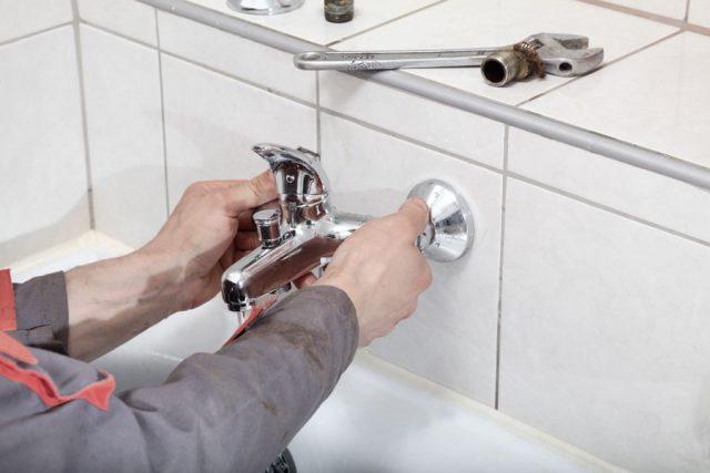 byter-kombinerad-dusch-och-badkarsblandare.jpg