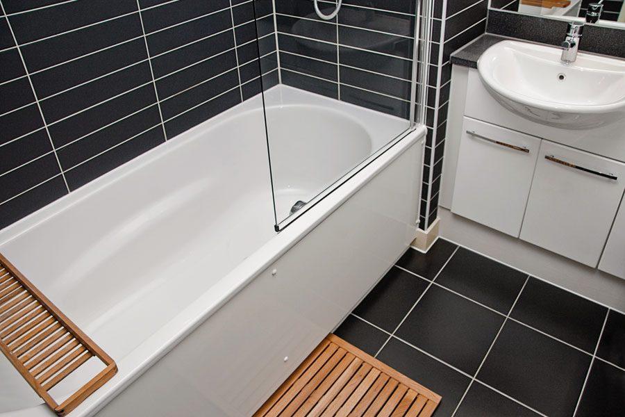 duschvagg-pa-badkar-1.jpg