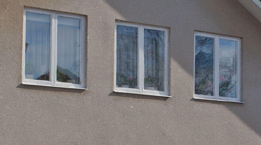 putsad-fasad-med-rivputs-terrasit.jpg
