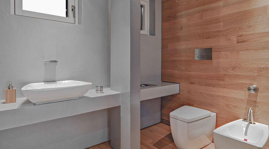 tragolv-och-travagg-badrum.jpg